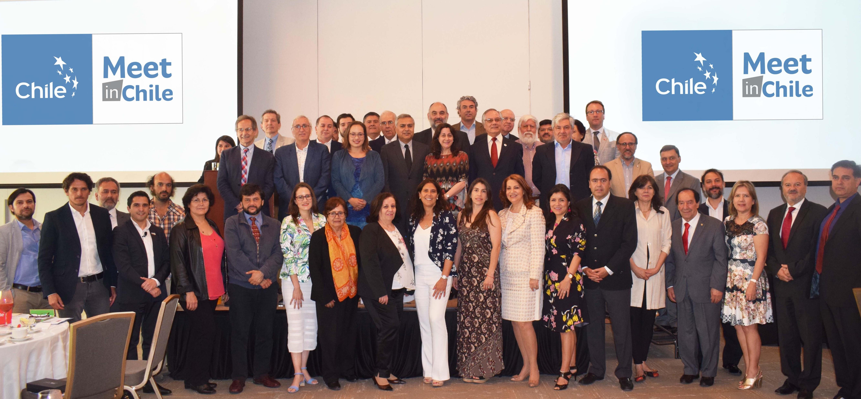 Gobierno capacitó a 60 líderes de organizaciones internacionales para ser embajadores turísticos de Chile